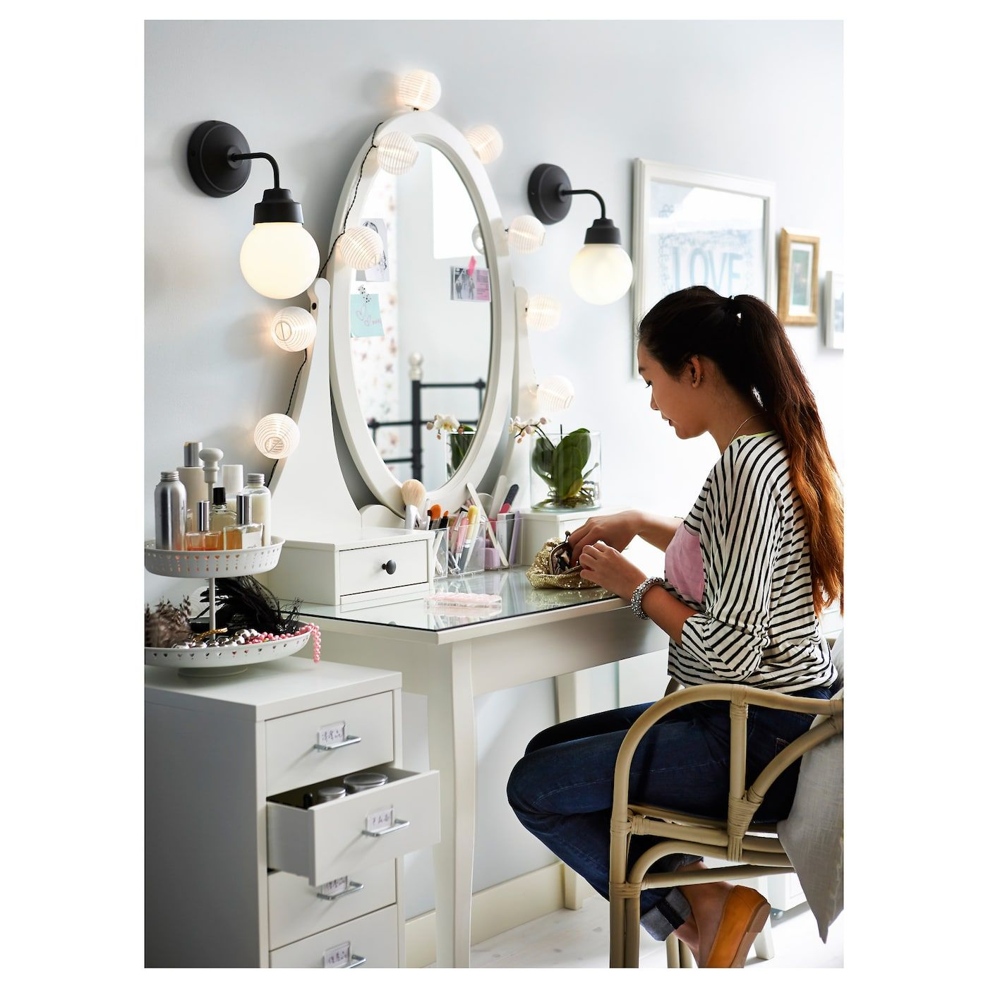 Dressing table with mirror hemnes white en 2019 cute miroir coiffeuse hemnes et coiffeuse - Table coiffeuse ikea ...