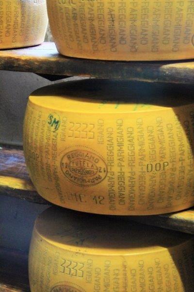 Parmigiano Reggiano Cheese The Whole Delicious Story Parmigiano