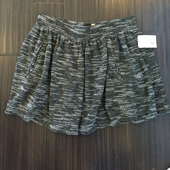 Free people skirt with pockets Free people skirt with pockets Free People Skirts