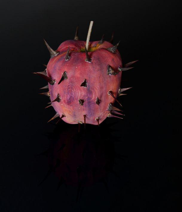 "Marco Nones: ""I image forbidden fruit in this way"" #art"