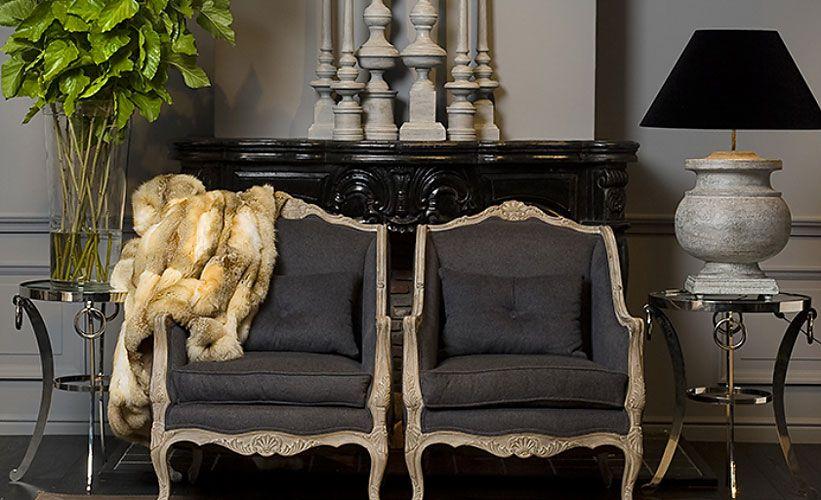 klassieke fauteuils met moderne lampen en salontafeltjes - moderne wohnzimmerlampen