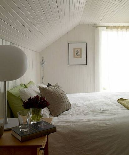 lovely living rooms beadboard | Lovely white bedroom: White beadboard + modern lamp ...