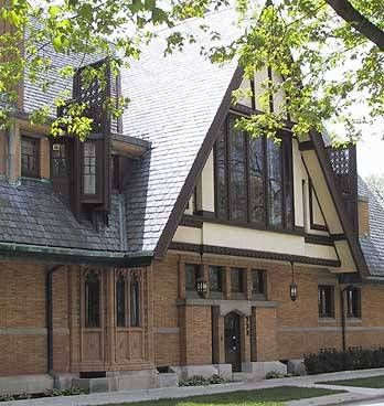 1895, Rebuilt in 1923: Nathan G. Moore House  The Nathan G. Moore House by Frank Lloyd Wright  Nathan G. Moore House, 333 Forest Avenue, Oak Park, Illinois, USA