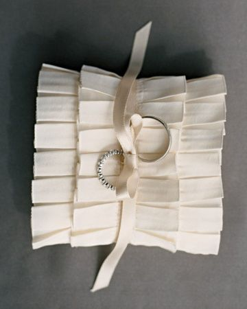 Pleated Ribbon Ring Pillow & Pleated Ribbon Ring Pillow   Wedding Ideas   Pinterest   Ring ... pillowsntoast.com