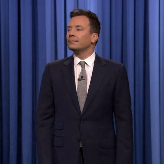 Jimmy Fallon-Grey suit-White shirt-Light blue tie-Tonight show ...