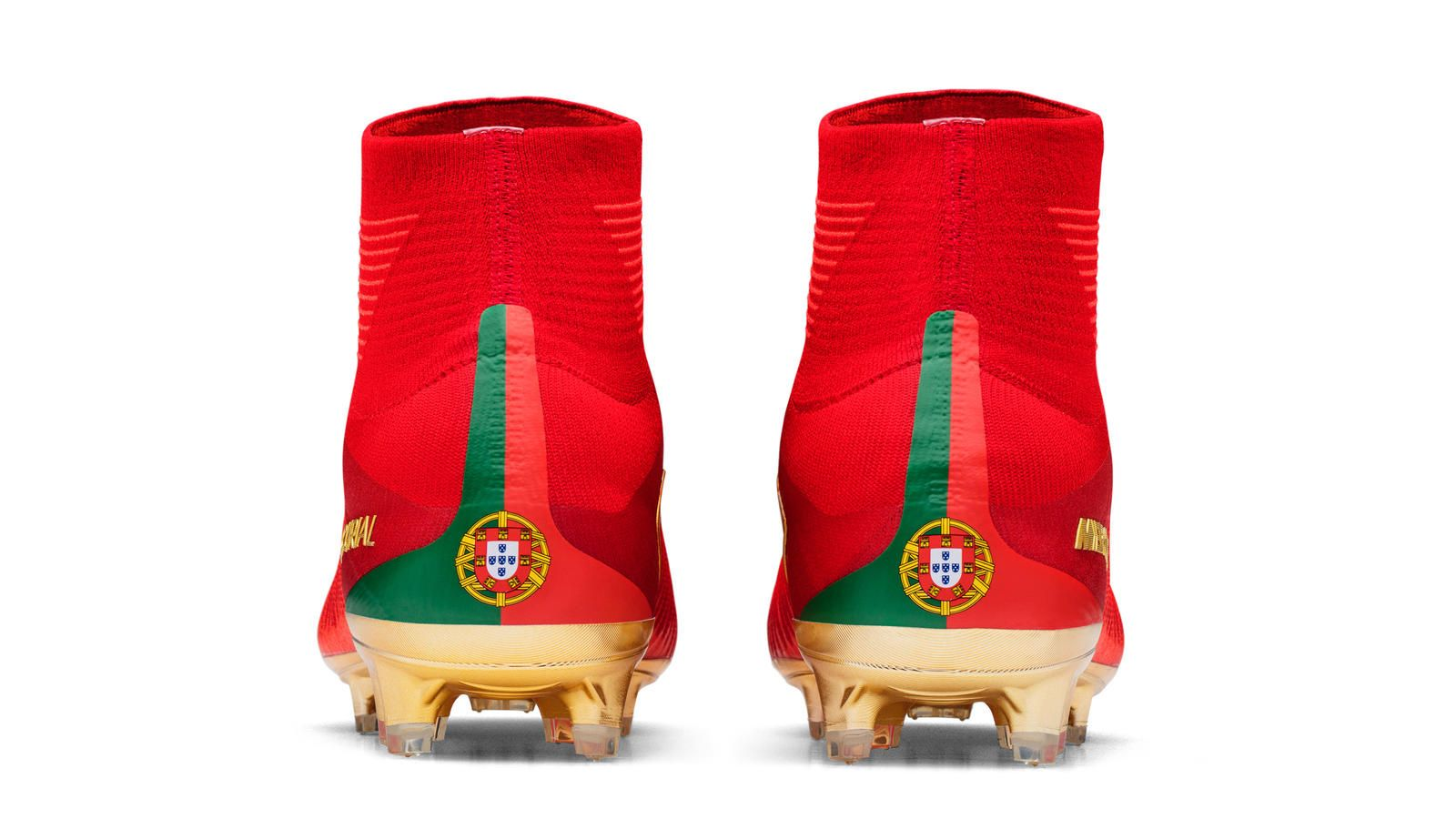 2f3072532 As Cristiano Ronaldo looks to continue his amazing run, Nike personalizes special  boots just for him. CR7 CAMPEOES Botines Nike Mercurial ...