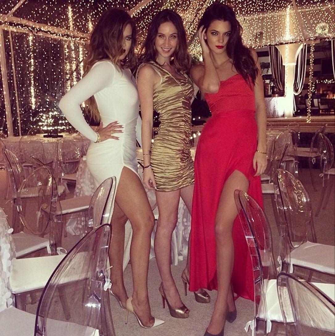 Kendall Jenner robe   Kendall jenner   Pinterest   Kardashian, Kylie ...