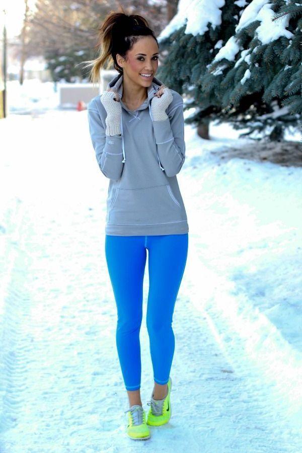 Stilvolle Trainingskleidung für Frauen | Trainingskleidung ...