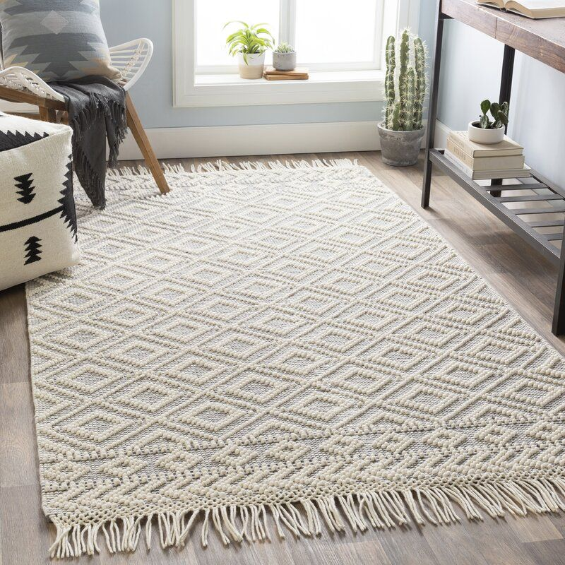 Carletta Geometric Handmade Flatweave Gray Area Rug In 2020 Rugs On Carpet Area Room Rugs Master Bedroom Rug