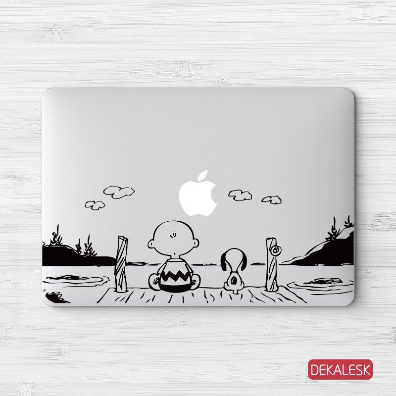 Charlie Brown & Snoopy - MacBook Decal