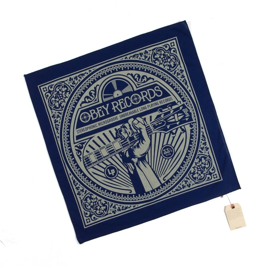 "Foulard UNBREAKABLE RECORDS Navy    Bandana Obey navy avec flocage beige ""Obey Records"" représentant un poing tenant une guitare."