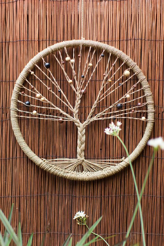 learn how to make dream catcher tutorials ideas macrame pinterest bricolage attrape. Black Bedroom Furniture Sets. Home Design Ideas