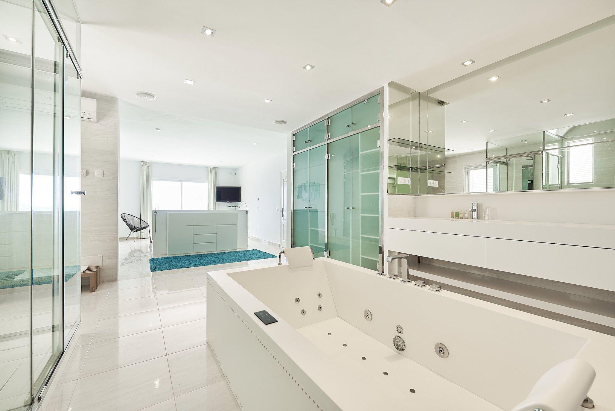 Casa Melia Luxurious Bathroom Large Bathrooms Huge Master