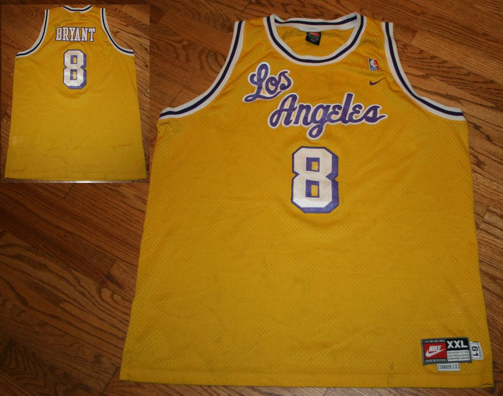 Kobe Bryant Los Angeles Lakers Nike Jersey Men S 2xl 61 Length 2 Retro Vintage Los Angeles Lakers Kobe Bryant Nike Jersey