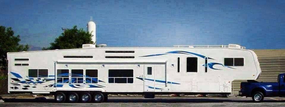 Longest Caravan Ever Http Www Mygenerator Com Au Recreational