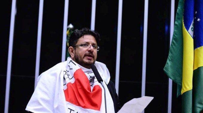 G.H.: Golpe tucano: Deputado do PMDB rompe com o governo...