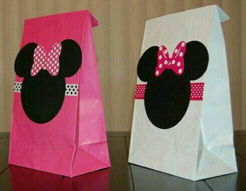 Minnie Mouse favor bags por DecoDidactic en Etsy