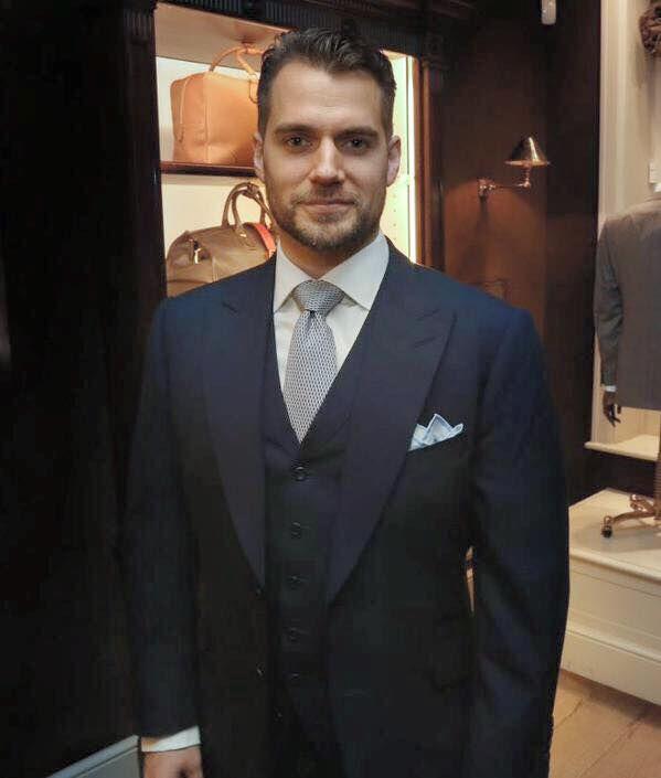 henry cavill 3 piece suit tie windsor knot