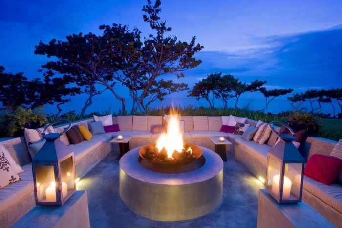 Pretty Outdoor Living Room Ideas For Welcoming Guests ... on Living Room Fire Pit id=60867