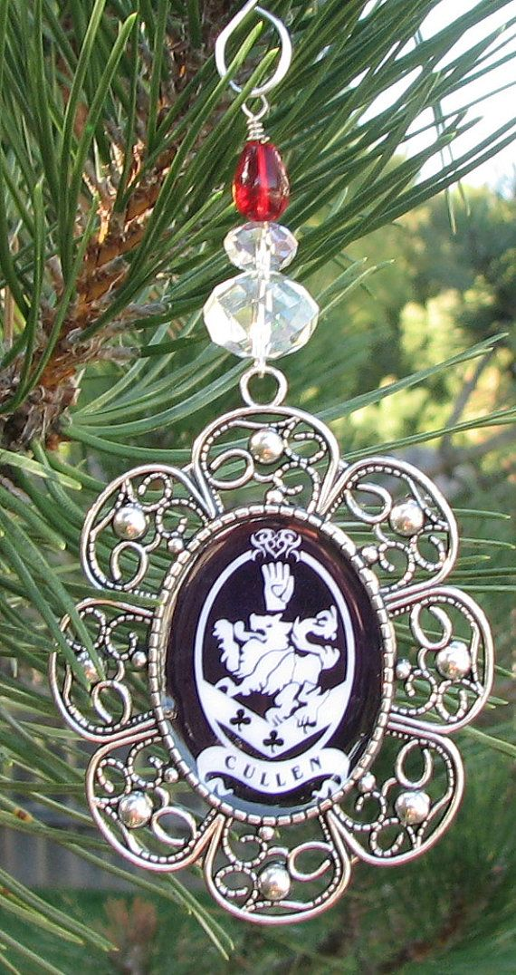 Cullen Crest Twilight Theme Christmas Ornament Twilight Holiday Ornament  Edward Cullen - Cullen Crest Twilight Theme Christmas Ornament Twilight Holiday