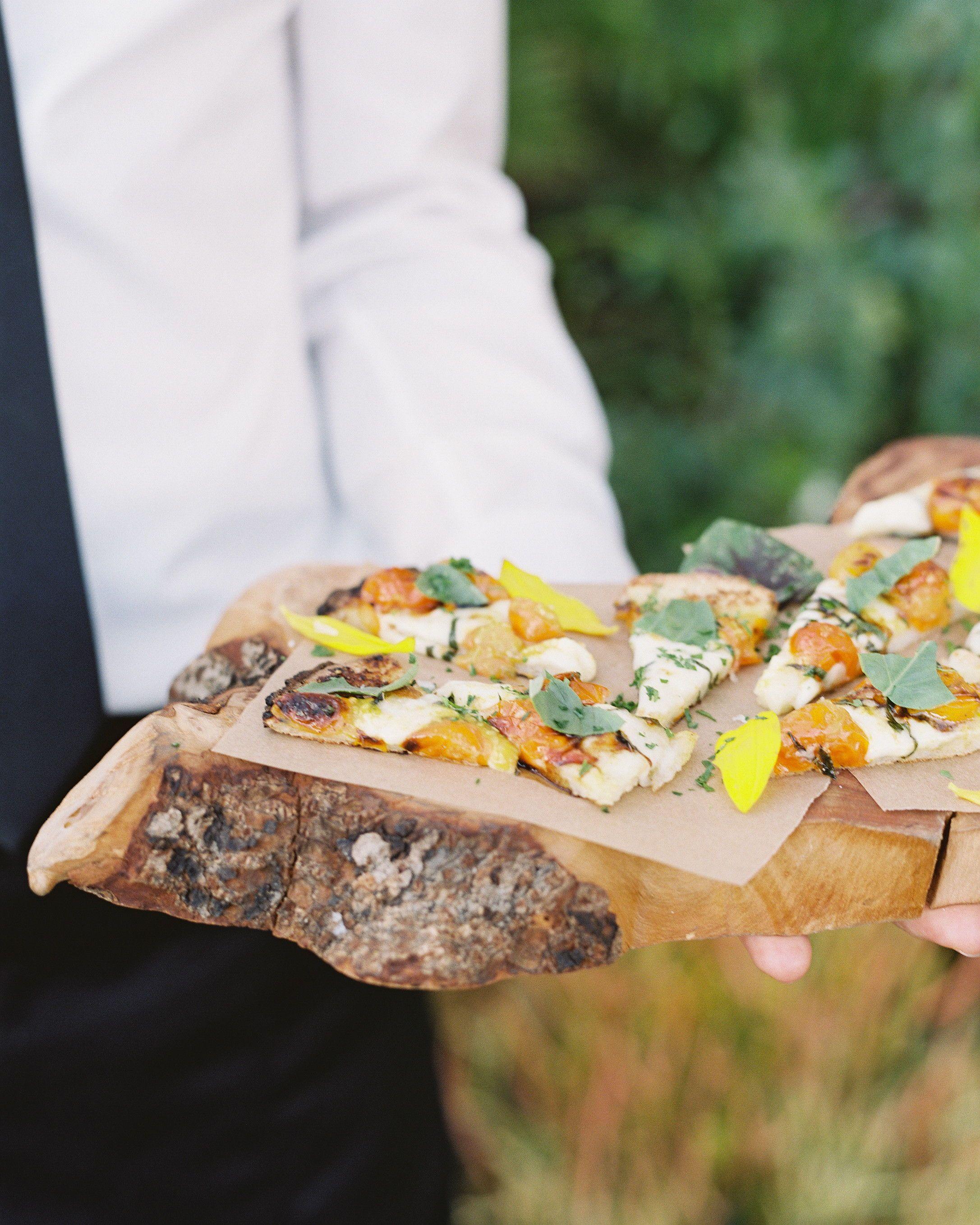 Pizza Wedding Reception Ideas: 26 Delicious Wedding Ideas For Couples Crazy About Pizza