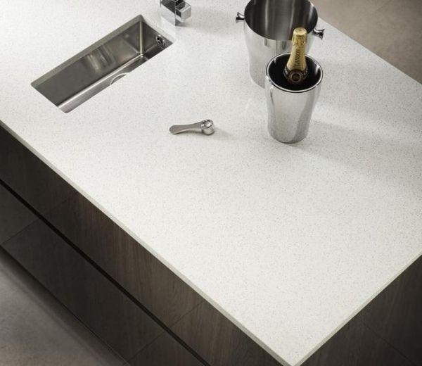 Weiße Arbeitsplatten In Der Küche Auswahl Der Materialien