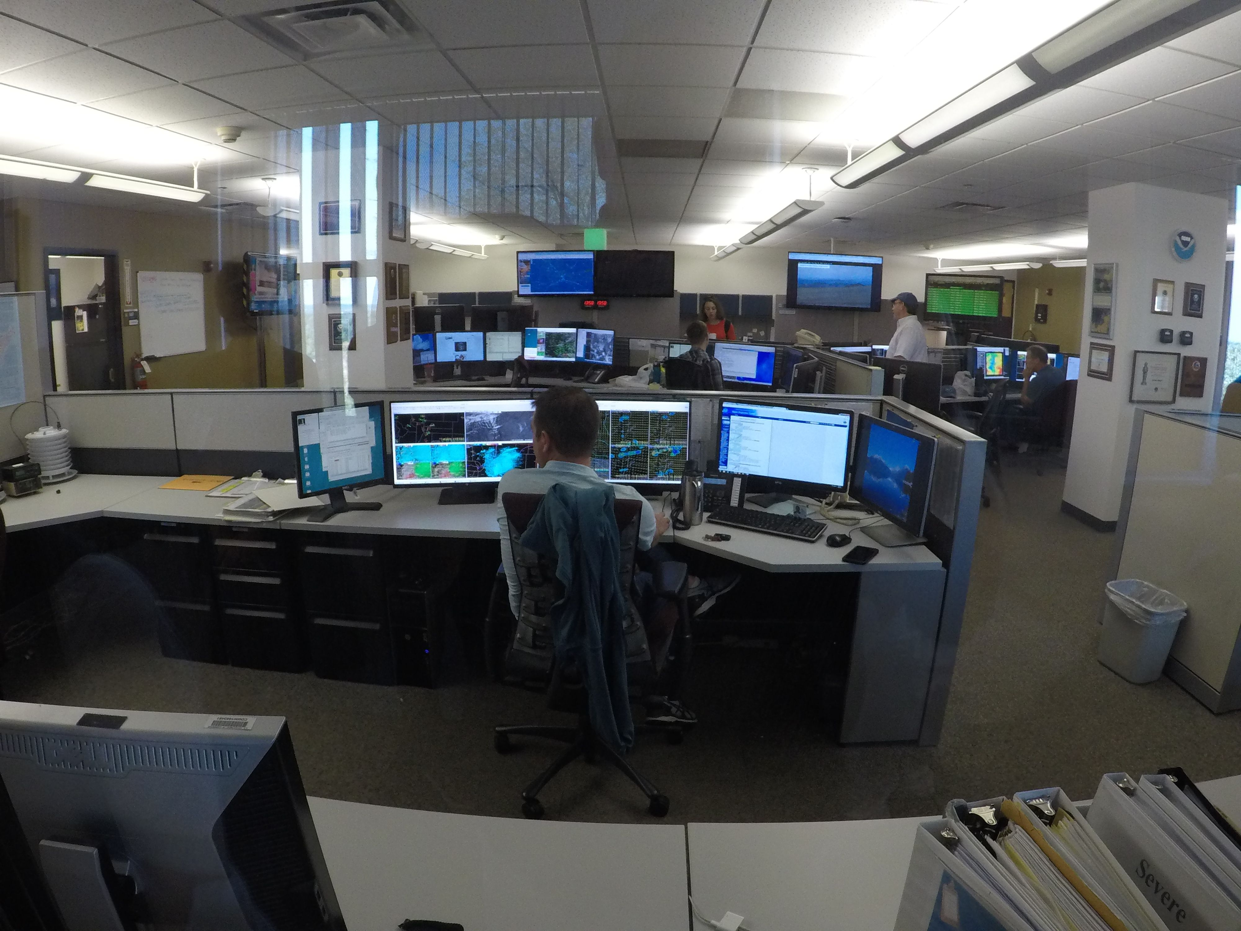 NOAA Boulder CO  National Weather Center tracking weather