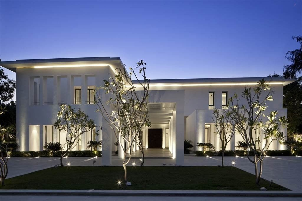 Amaya White Mansion\' in New Delhi, India [1024x682] - Cool Houses ...