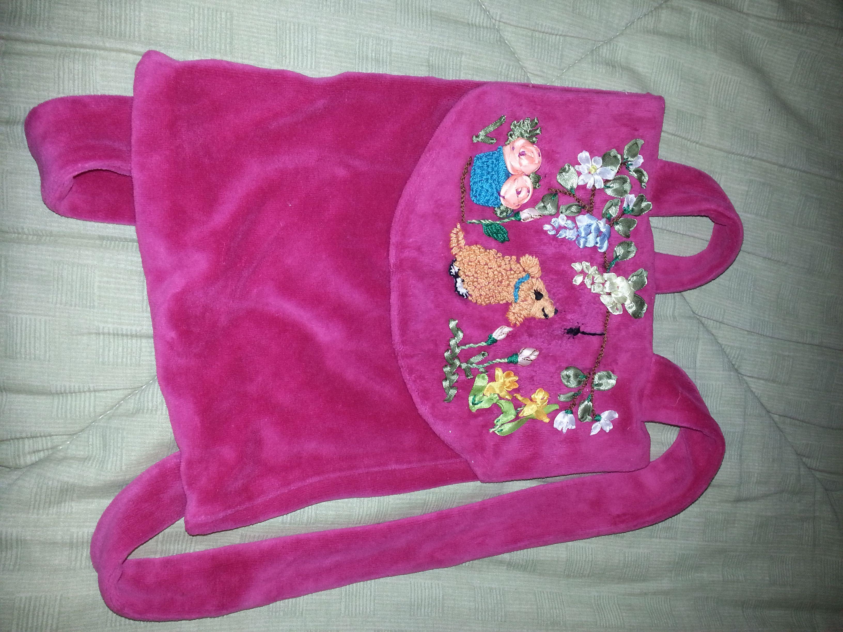 bolso para niña bordado con cintas