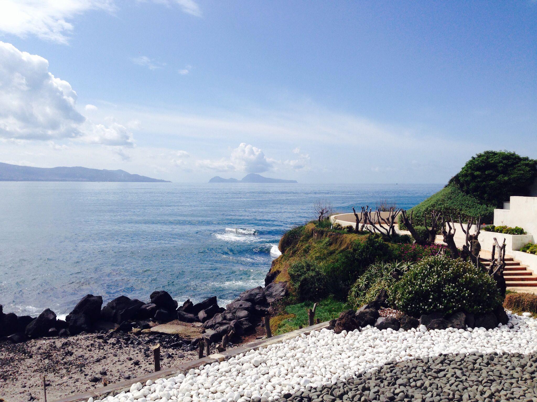 Penisola Sorrentina e Capri vista da villa Balke via Prota