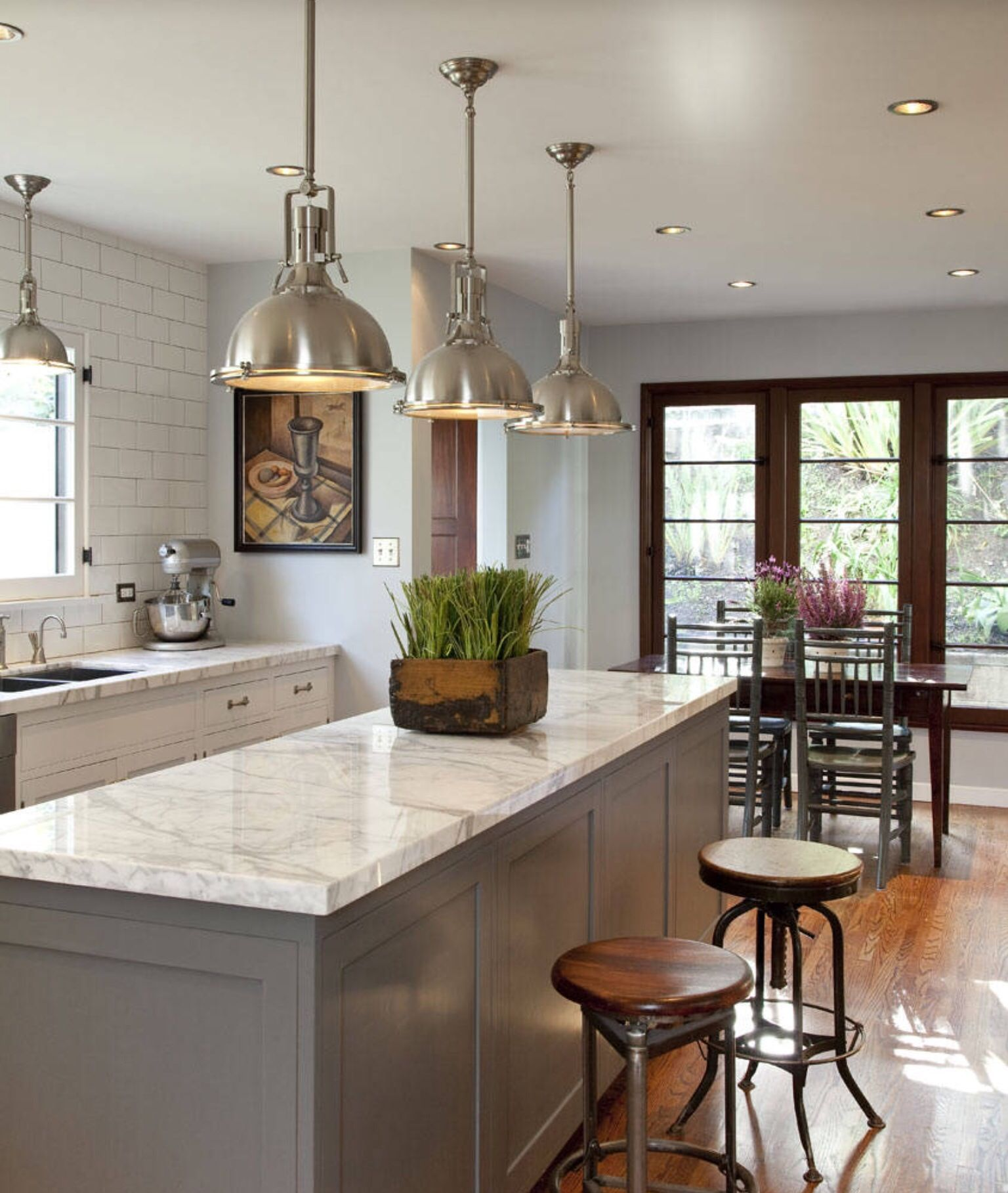 Modern traditional kitchen in special color