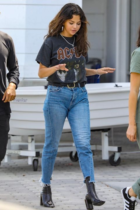 Photo of 5 Selena Gomez Outfits You Can Actually Afford — And Where to Buy Them