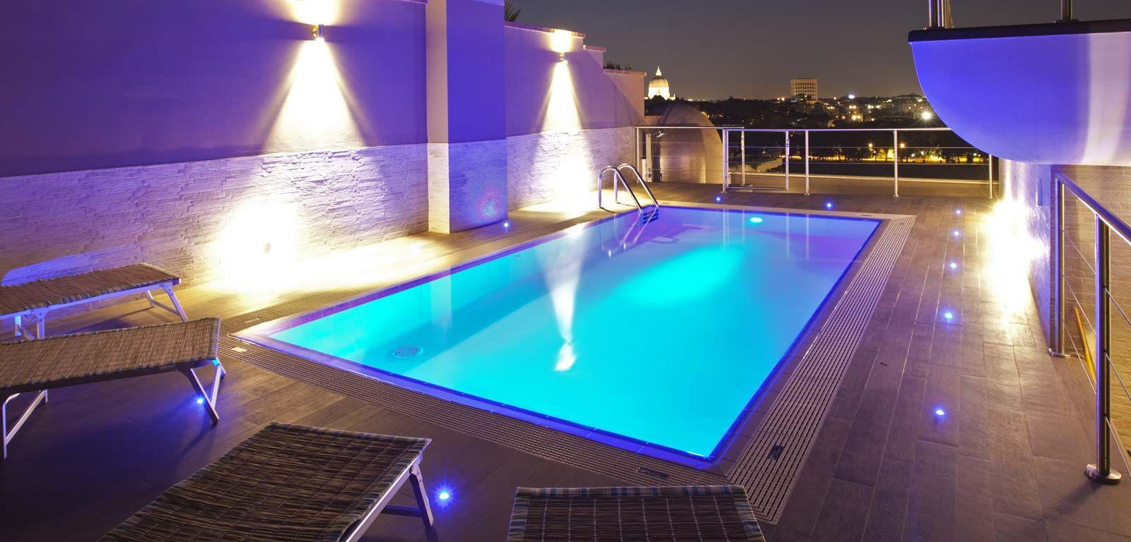 Illuminazione per piscine Piscine, Illuminazione