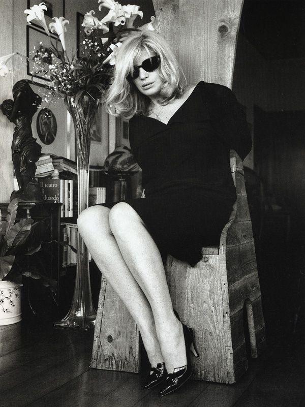 Monica Vitti | Helmut newton, Faye dunaway, Italian actress