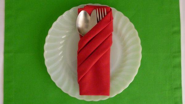 servietten falten inspiration für Ihren tisch farbkombination