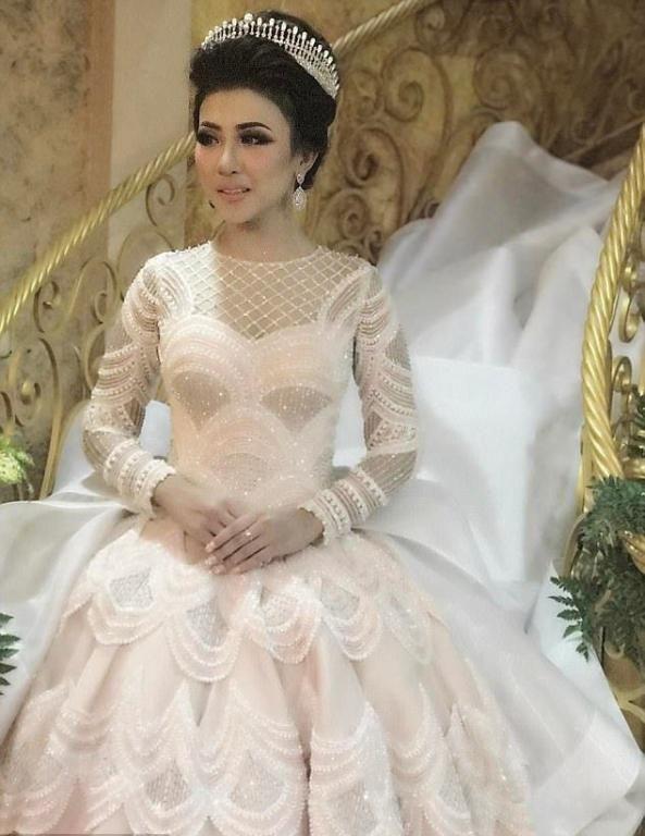 فستان الزفاف الأكثر إعجابا على انستقرام مجلة سيدتي Vestidos De Novia Lo Prometo Vestidos De Christian Dior