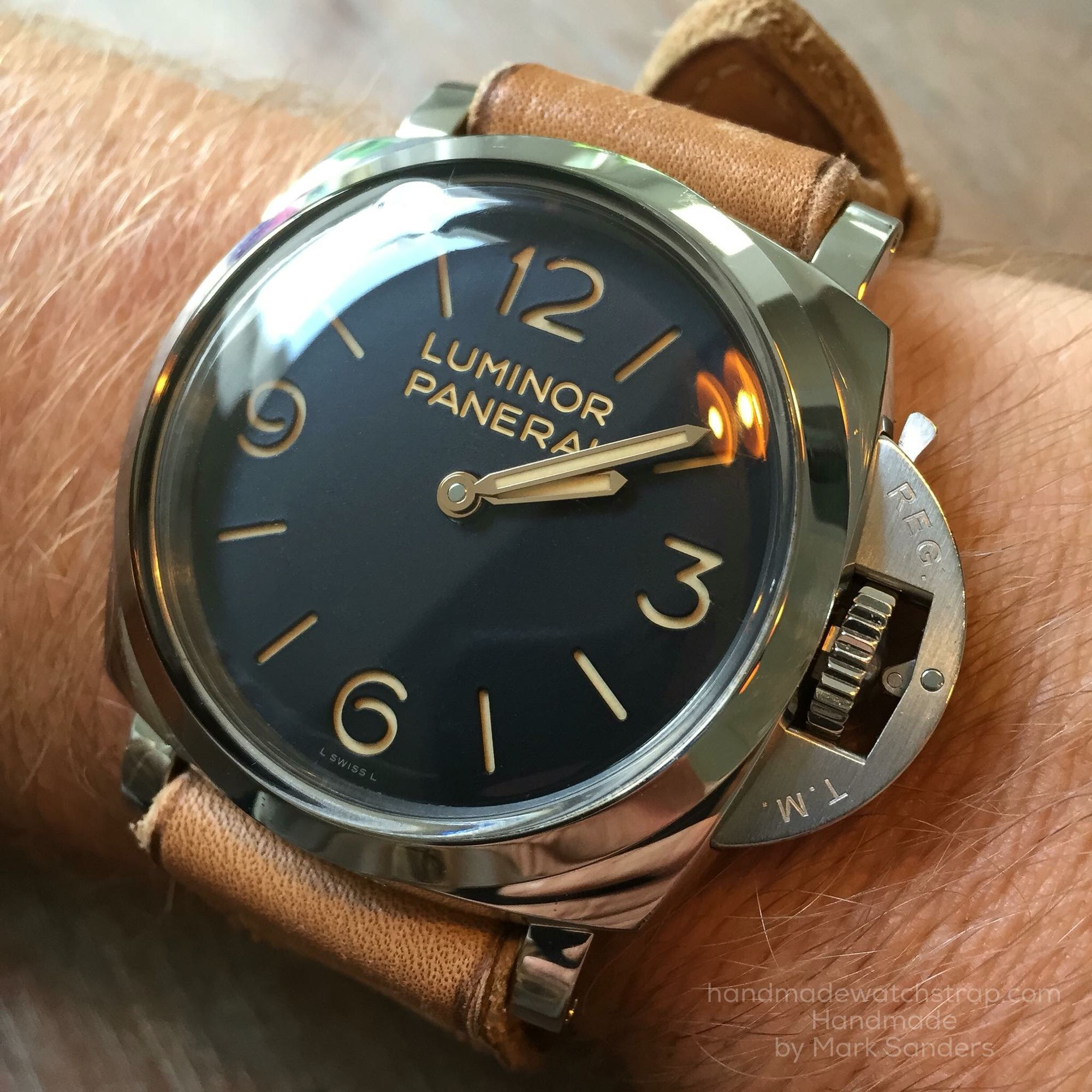 boring storied right watches techcrunch of fake train left t or like such panerai watchmaker into luminor movement after the real put attack superfakes wouldn all a would it watch