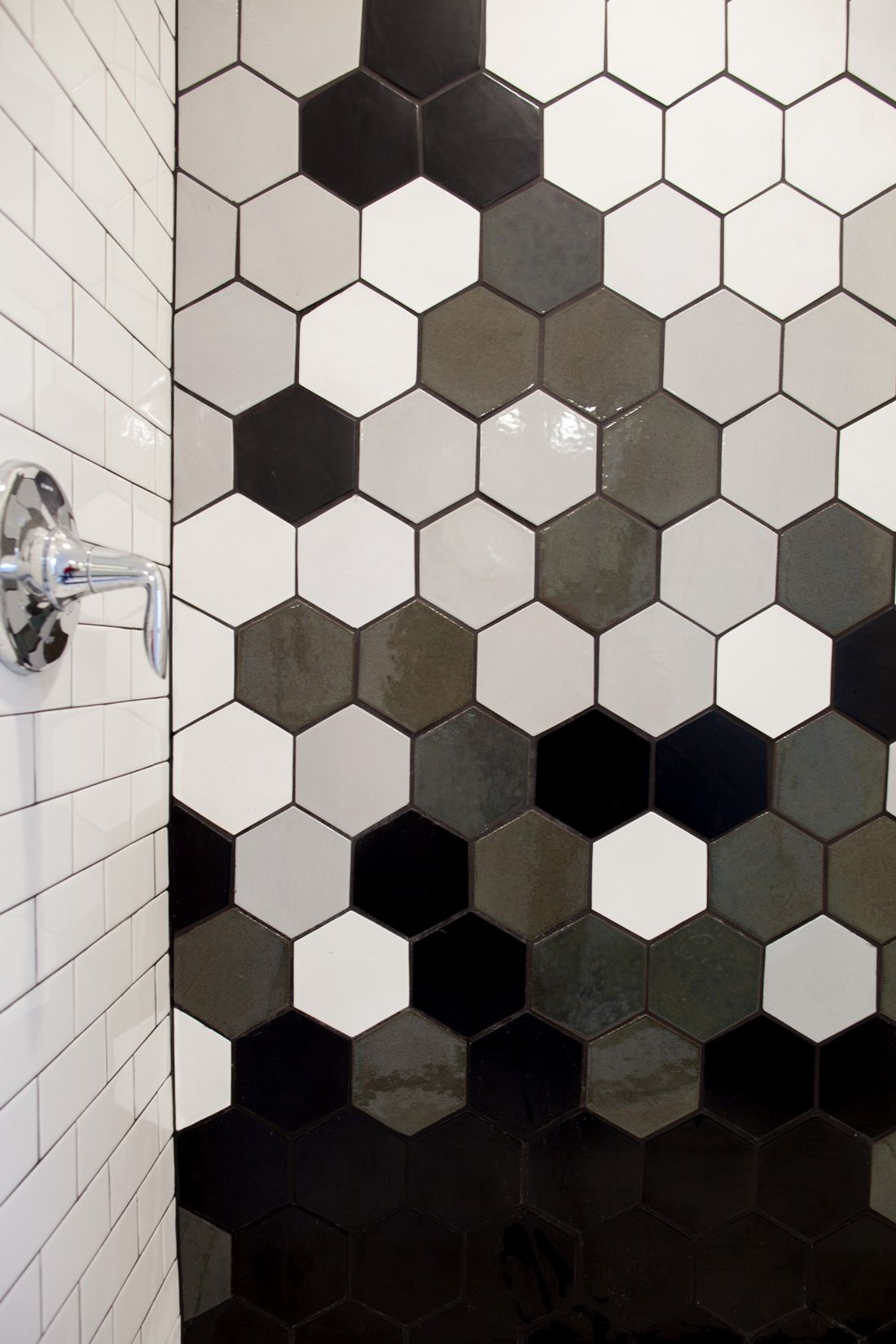 hexagon tile gradient에 대한 이미지 검색결과  wall pattern  Pinterest ...