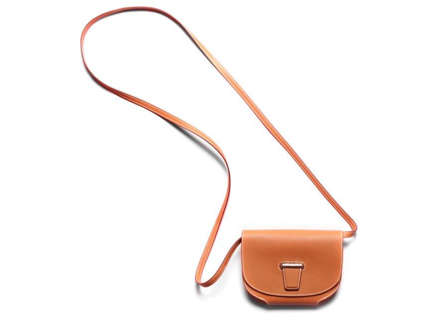 Tom Ford sac porte feuille Mini Convoyeur http://www.vogue.fr/mode/shopping/diaporama/les-30-sacs-stars-de-la-saison-printemps-ete-2014/17383/image/929642#!hermes-les-sacs-stars-du-printemps-ete-2014