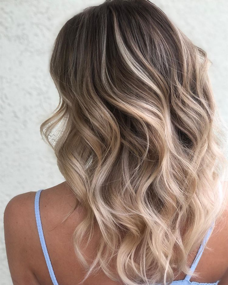 Hawaiian Blonde When You Have A Girl That Has Fine Hair That Just Can T Get Blonde Enough So Blonde Hair Paint Platinum Blonde Balayage Brown Hair Fade
