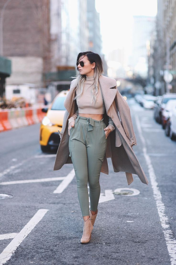 31 Winter Date-Night Outfit Ideas: Style a crop top with high waisted  trousers and cute ankle boots
