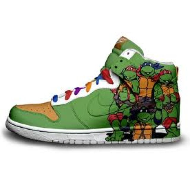 Ninja turtles :)...I want these.