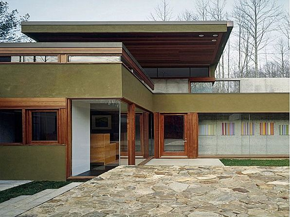 Modern Artistic Masterpiece and International AIA Award Winner designed by Mack Scogin and Merrill Elam Architects. Interconnected living quarters preserve privacy and intimacy at this 21 acre Appalachian retreat. #zillow