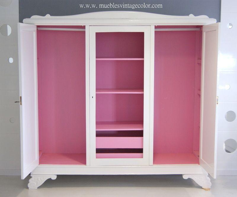 Este mueble blanco con el interior rosa de 1930 de roble restaurado ...