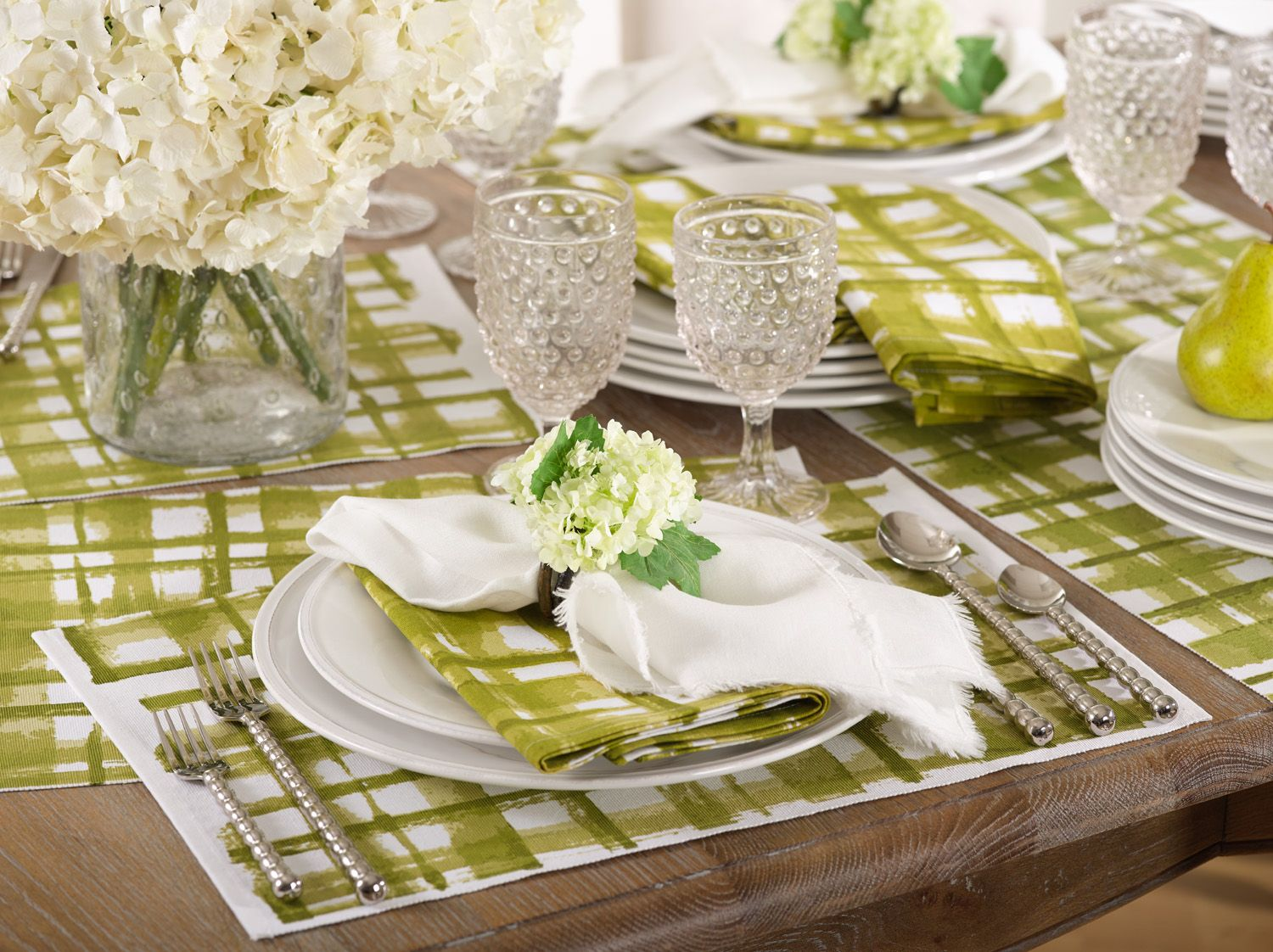 The Luigi Collection Placemats In Green Table Decorations Table Settings Decor