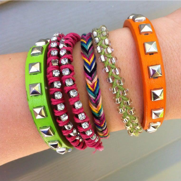Fishtail braid-type friendship bracelet.