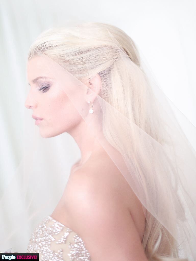 Trend Alert! Smooth bridal hair pulled back so you can see the ...