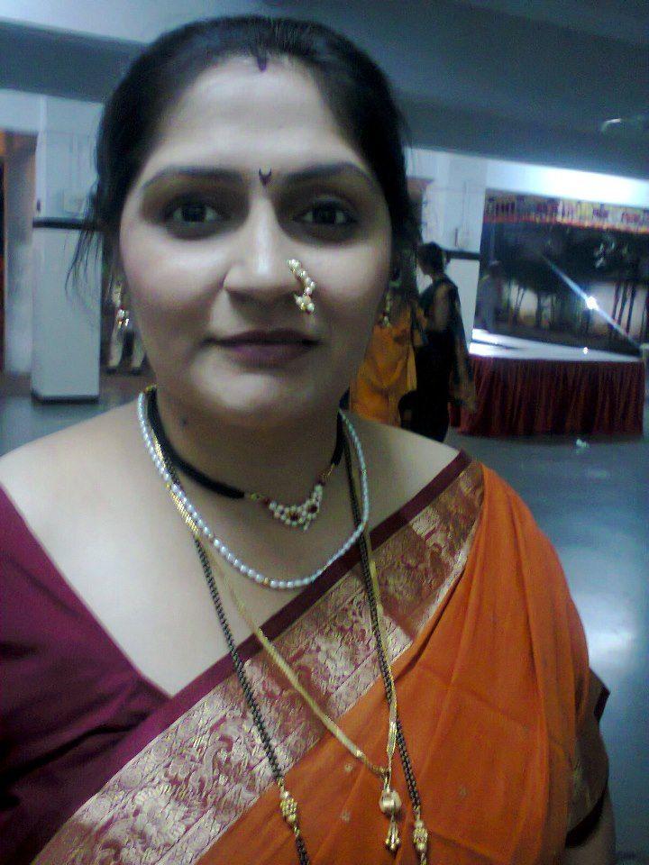 gharam aunties pic Tamal
