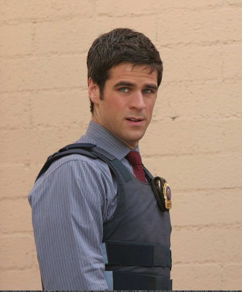 eddie cahill height weight