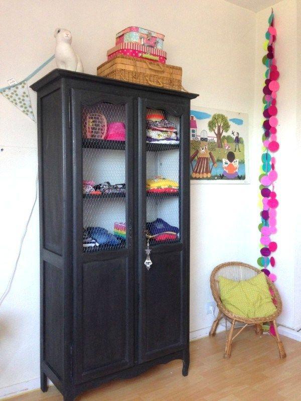 armoire deux portes dressing pour chambre d enfant meuble vintage recup transforme et repeint